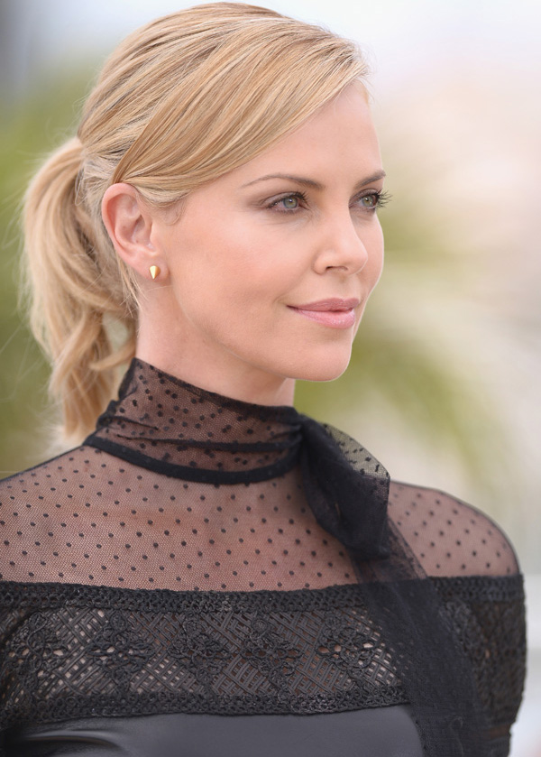 cannes-charlizetheron1
